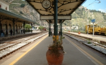 Stazione ferroviaria di Taormina